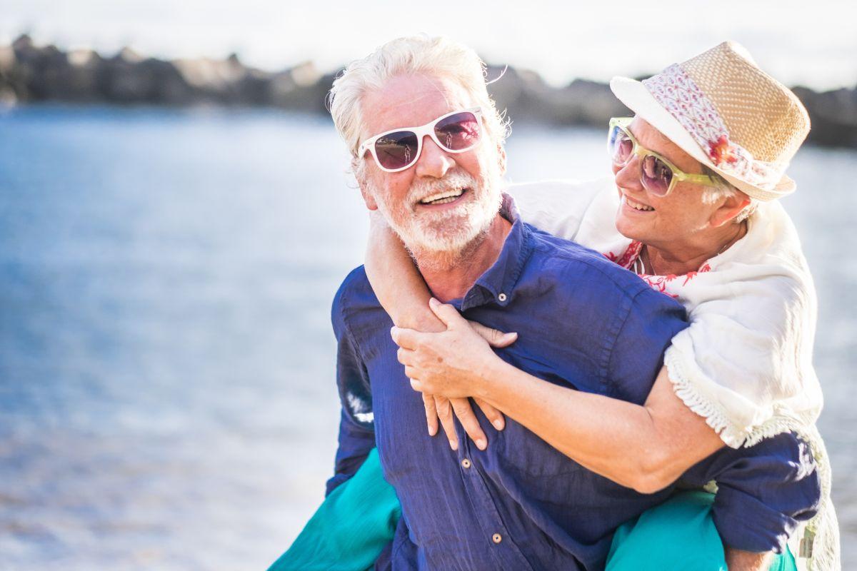 Jak ważne jest nawodnienie dla seniorów?